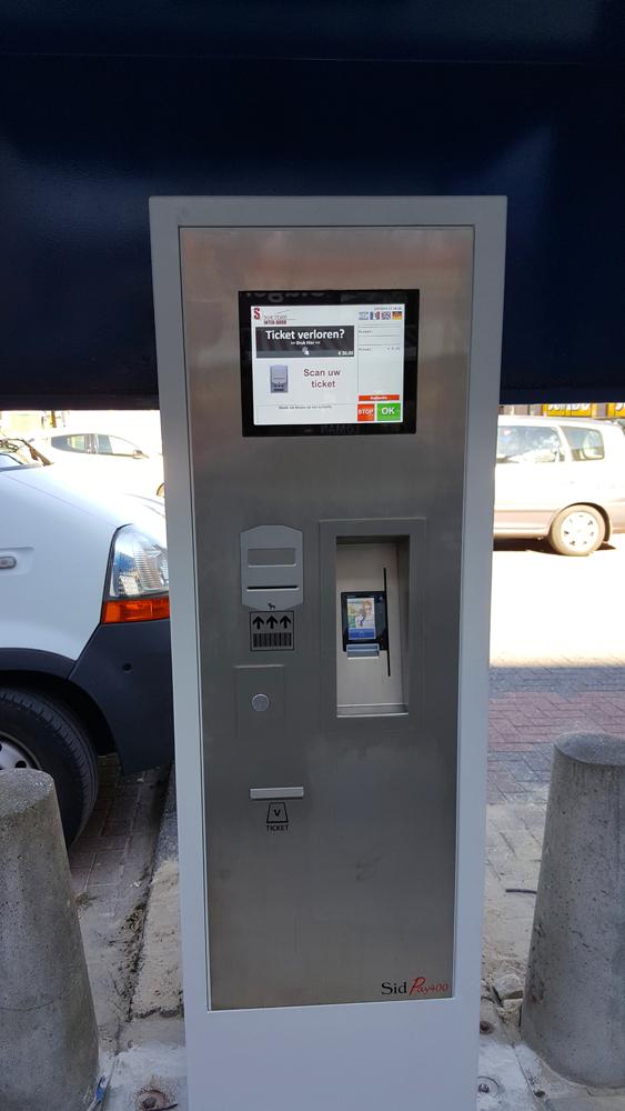 LR Parking Emmen 01